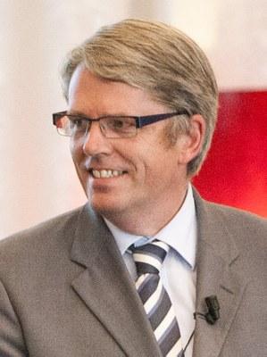 In memoriam: Jos van Dalen
