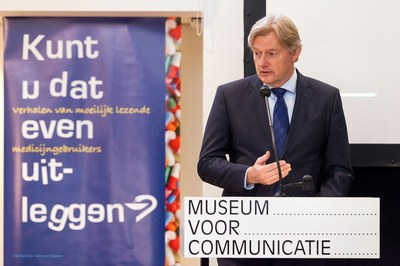 Staatssecretaris Van Rijn lanceert KNMP-campagne laaggeletterdheid