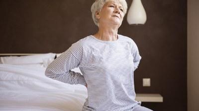 Bewegen beter bij rugpijn dan pijnmedicatie