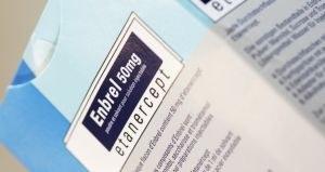 NZa: meer aandacht dure medicatie in contracten