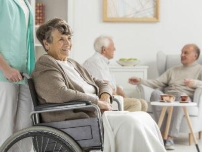 Infectiepreventie in verpleeghuizen niet op orde