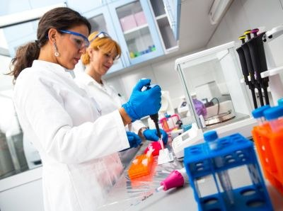Miljoenen voor nieuwe standaard farmaceutisch onderzoek